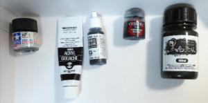 他の黒塗料と比較